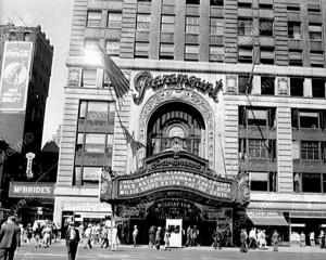 ParamountTheaterTimesSquare1940s8x10