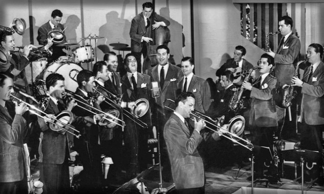 The band with Ray Eberle and the Modernaires in full cry.
