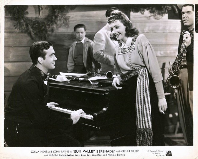 John Payne & Lynn Bari with Willie Schwartz & Tex Beneke in the background