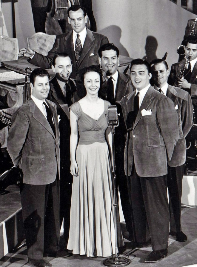 Paula Kelly, Ray Eberle & the Modernaires
