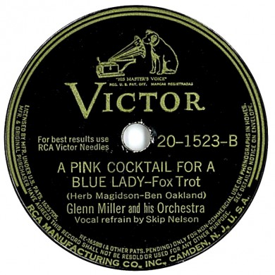 gm pink-cocktail-for-a-blue-lady-victor-78